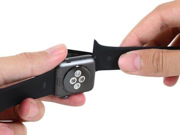 آموزش تعویض باتری اپل واچ سری 2 نسخه 42 میلیمتری