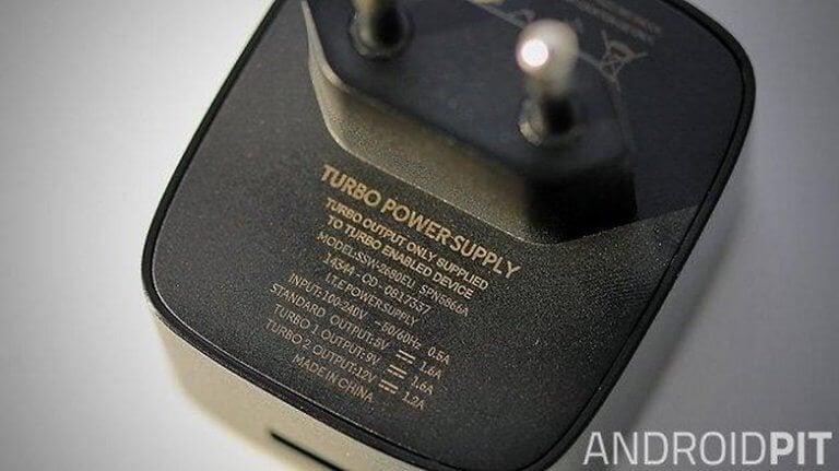 مشکل شارژ نشدن باتری گوشی