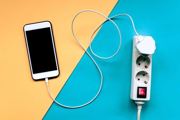 بررسی درصد سلامت باتری ایفون + راه حل