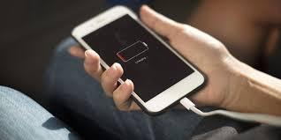 سوکت شارژ کثیف عامل خرابی باتری موبایل