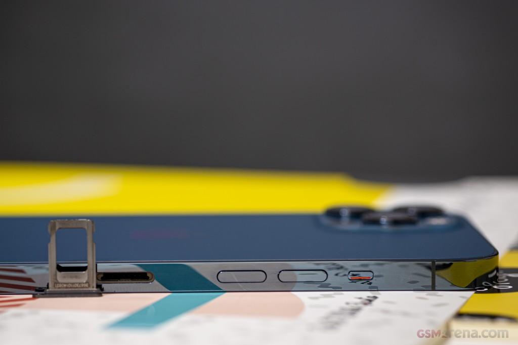 مقایسه آیفون 12 پرو و آیفون 12 پرو مکس اپل