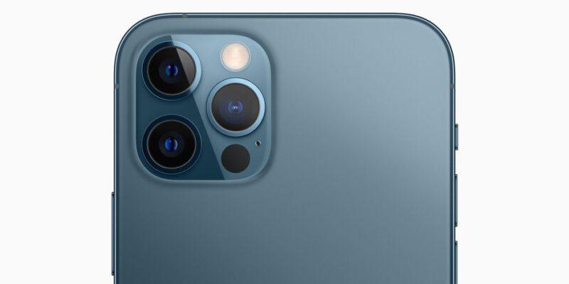 در سال 2023 اپل از لنز های پریسکوپ در تلفن های خود بهره میبرد