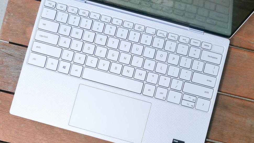 بررسی کیبورد و تاچ پد لپ تاپ Dell XPS 13 OLED