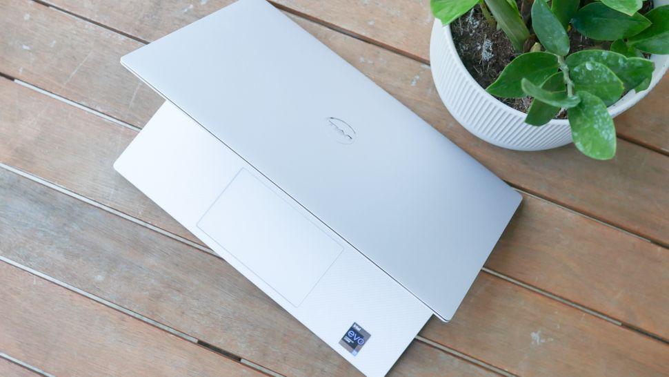 بررسی گرافیک لپ تاپ Dell XPS 13 OLED