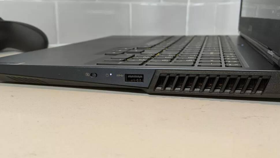 بررسی پورت های لپ تاپ لنوو Legion 5