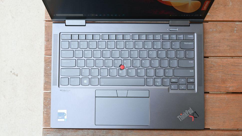 بررسی کیبورد ، صفحه لمسی و چوب اشاره لپ تاپ لنوو ThinkPad X1 Yoga Gen 6