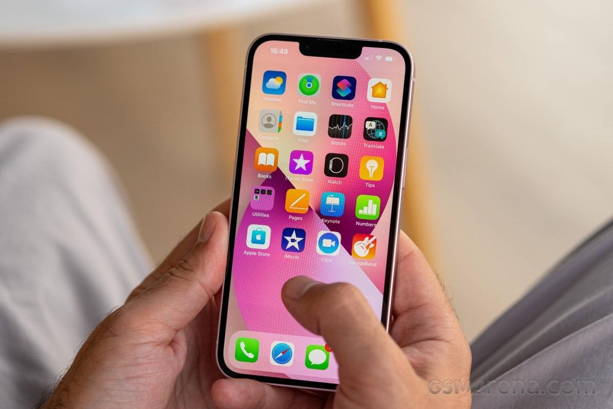 بررسی نرم افزار و رابط کاربری آیفون 13 اپل